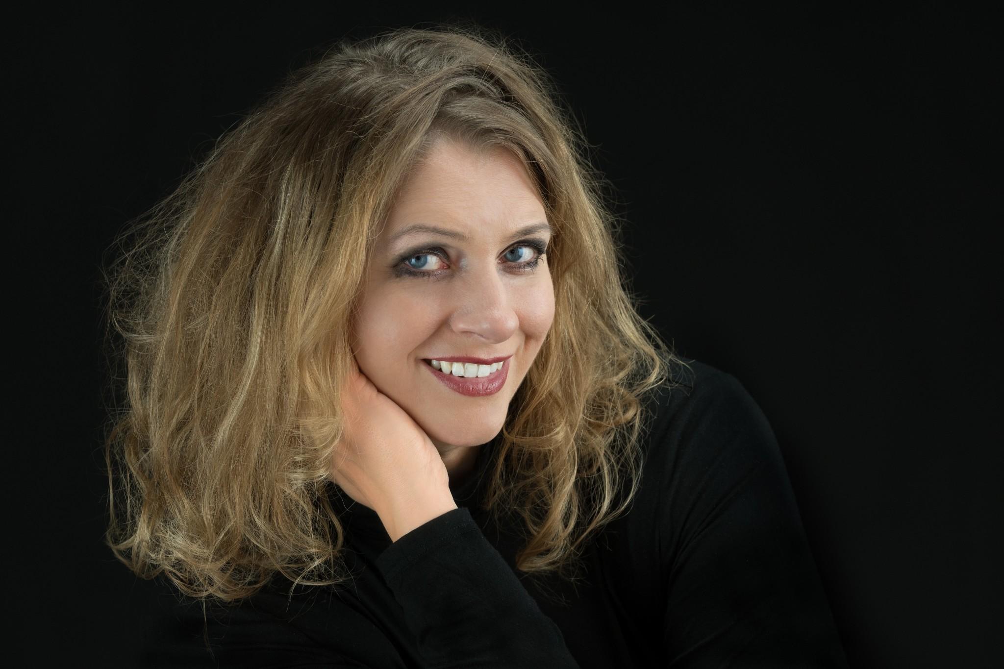Erzählkünstlerin Alexandra Eyrich im Portrait