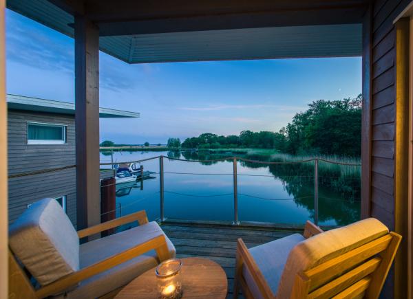 naturhafen-floating-house-021